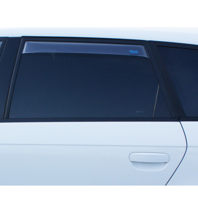 Дефлекторы боковых окон на Audi Q5 4243