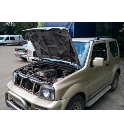 Амортизатор (упор) капота на Suzuki Jimny KU-SZ-JM00-00