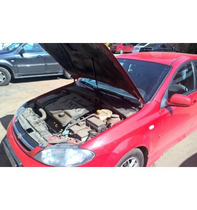 Амортизатор (упор) капота на Chevrolet Lacetti KU-CH-LA00-00