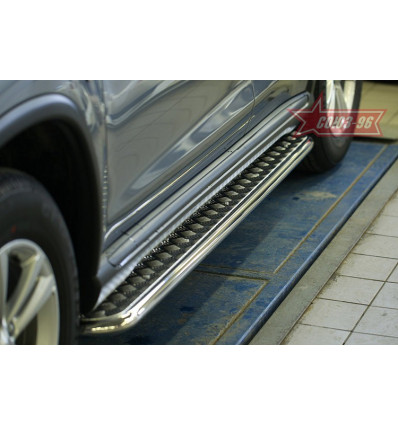 Пороги с листом на Peugeot 4008 CC4A.82.1535