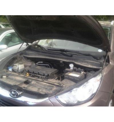 Амортизатор (упор) капота на Hyundai ix 35 BD056
