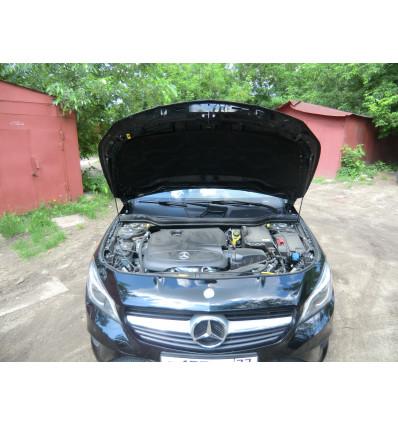 Амортизатор (упор) капота на Mercedes-Benz CLA BD07.02
