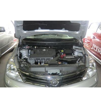 Амортизатор (упор) капота на Nissan Tiida BD09.08