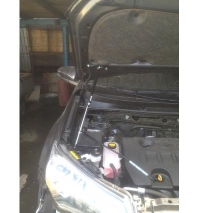 Амортизатор (упор) капота на Toyota Rav 4 BD14.05