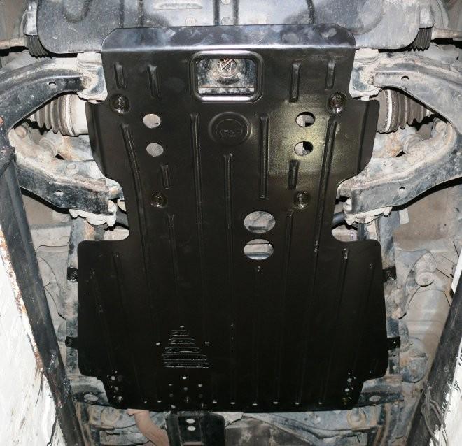 Защита картера на Lexus LX470