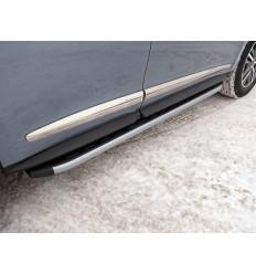 Пороги алюминиевые с пластиковой накладкой (карбон серебро) на Infiniti QX60 INFQX6016-44SL
