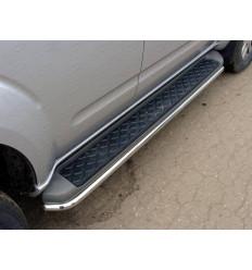 Защита порогов на Nissan Pathfinder NISPAT10-02