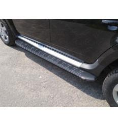 Пороги алюминиевые с пластиковой накладкой (карбон черные) на Renault Duster RENDUST15-14ВL