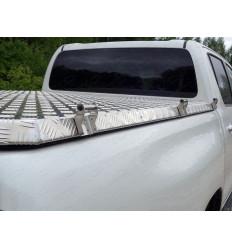 Такелажная скоба на Toyota Hilux TOYHILUX15-34