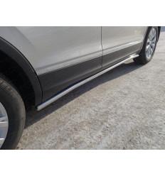 Пороги труба на Volkswagen Tiguan VWTIG17-14