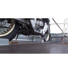 Ловушка-фиксатор для переднего колеса мотоцикла ТР-121