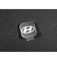 Заглушка на фаркоп с логотипом Hyundai TCUZHYUN1