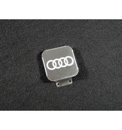 Заглушка на фаркоп с логотипом Audi TCUZAUD1