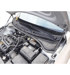 Амортизатор (упор) капота на Hyundai Solaris 12-07