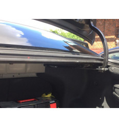 Амортизатор (упор) багажника на Kia Rio KIAR.G2.Z