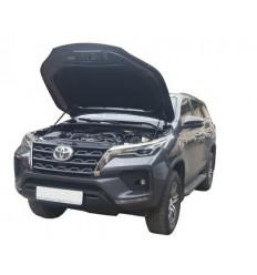 Амортизатор (упор) капота на Toyota Hilux 15-07