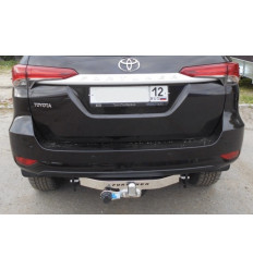 Фаркоп на Toyota Fortuner 24.9007.08