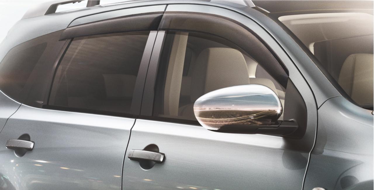 дефлекторы боковых окон Nissan
