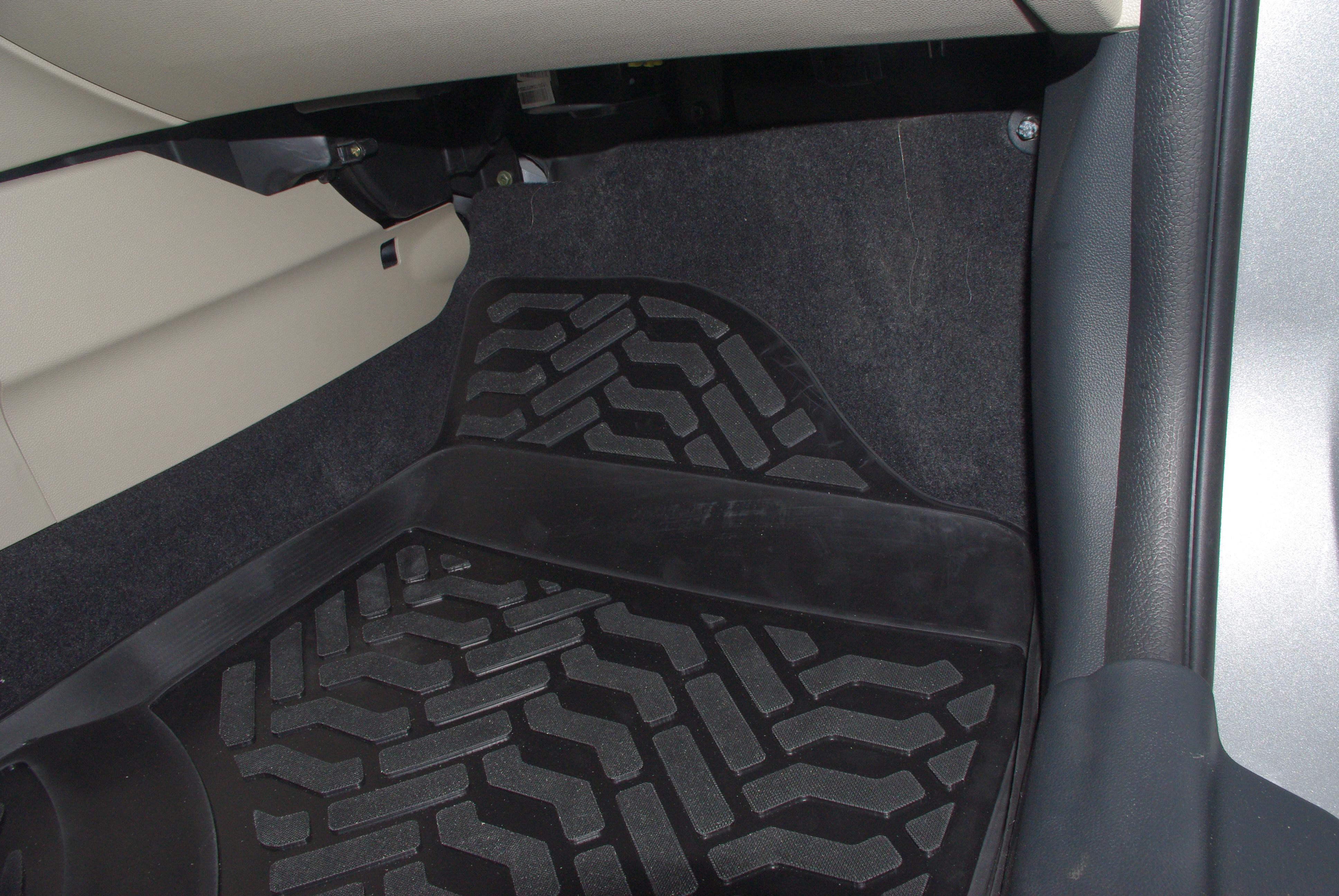 коврики в салон автомобиля changan cs35